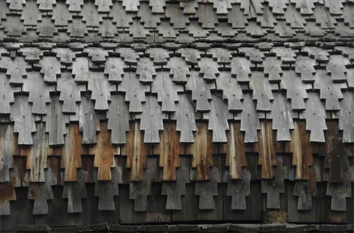 Рис.21. Крыша храма крытая «лемехом». Архитектурно-этнографический музей «Тальцы».